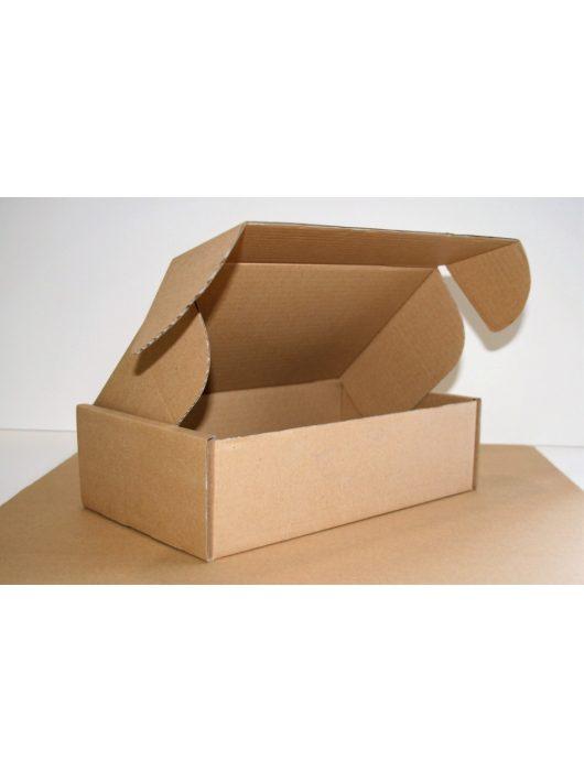 22B015B Postázó doboz H-Sz-M=295x175x85 mm